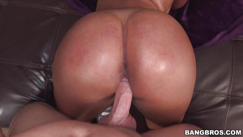 Curvy Latina Sofia Char stuffed in her cock socket