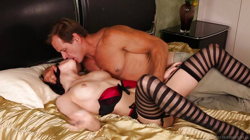 Asphyxia Noir drilled in her hot pussy