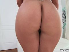 Hard stuffing for horny Olivia Austin