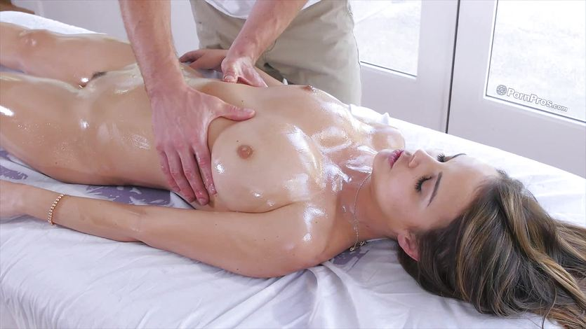 Miss Dillion Harper oiled up and drilled in her pussy