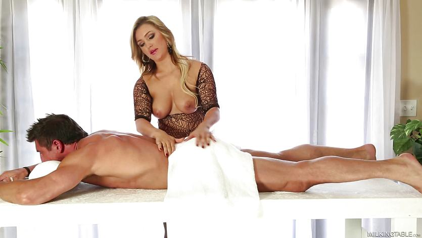 Massage services from stunning Cameron Dee
