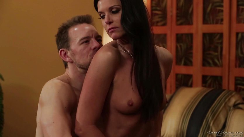 India Summers grinds down on a hard dick