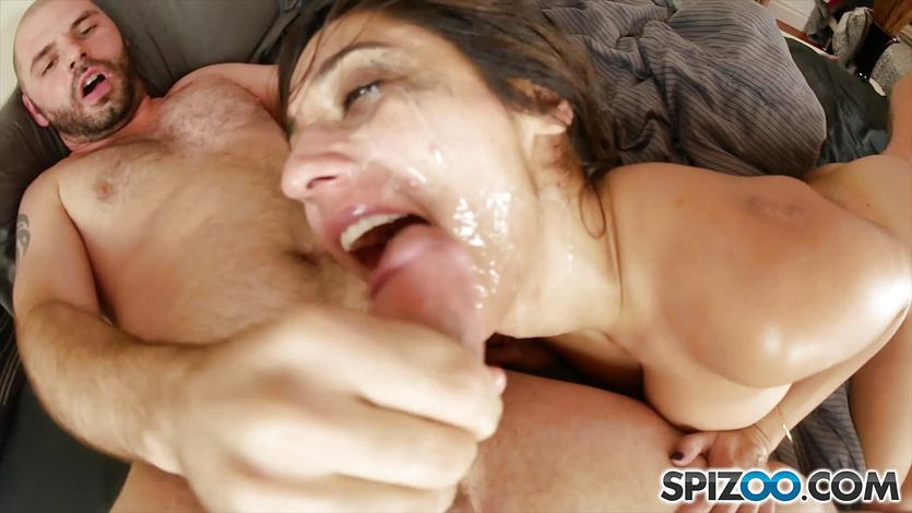 Cumload to the face for Reena Sky