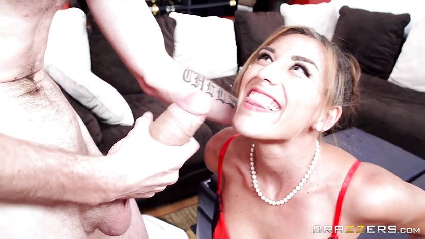 Reporter babe Rilynn Rae gets some saucy input