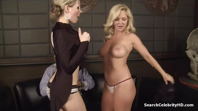 Blonde Kylee Nash enjoys threesome