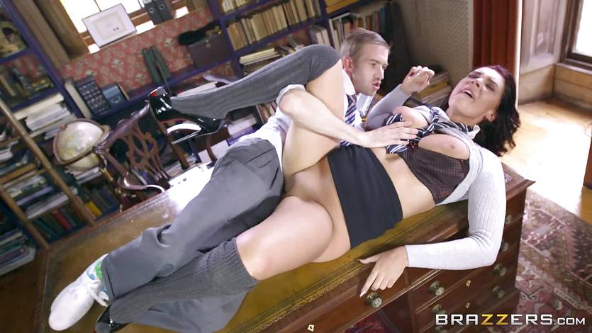 Sexy schoolgirl Emma Leigh takes it up to the max