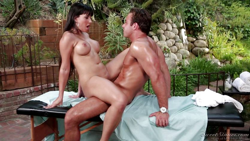 Mercedes Carrera rammed in her tight pussy
