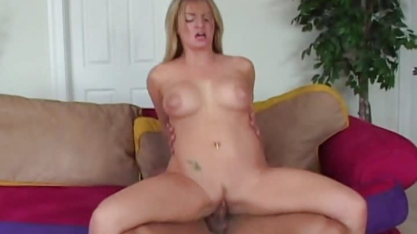 Milf Aline gets her pussy nailed