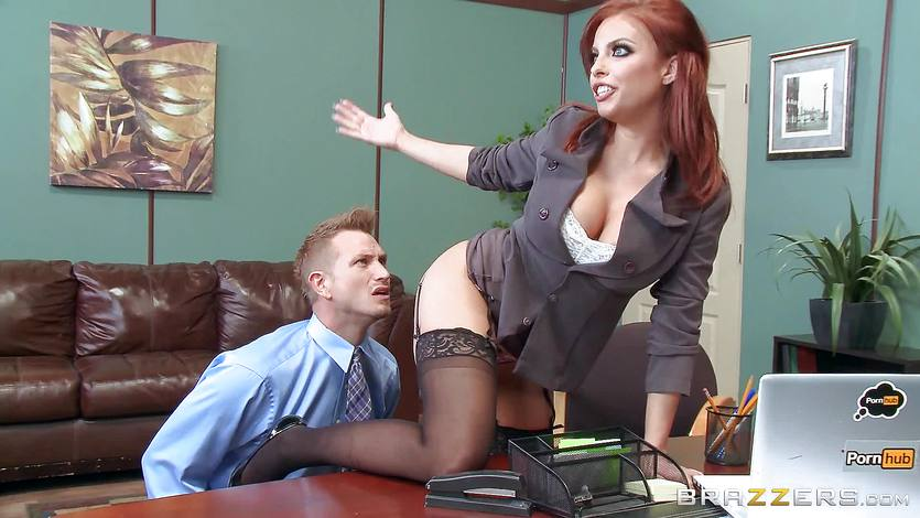 Boss babe Britney Amber fucks a porn loving employee