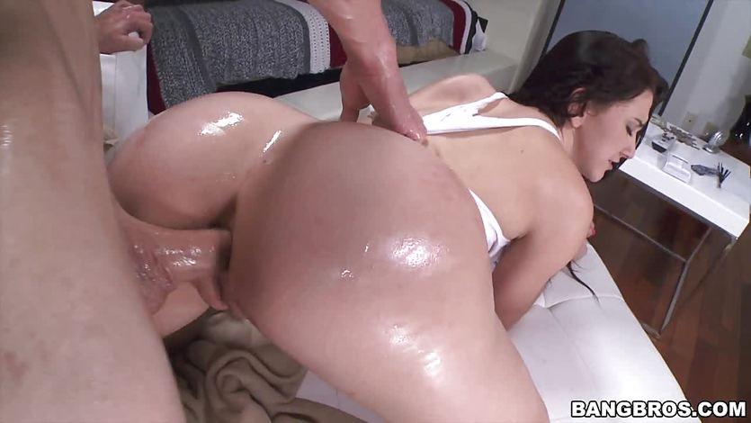 girls showering video online