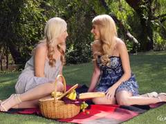 Pussy love and picnics with Penelope Lynn and Samantha Rone