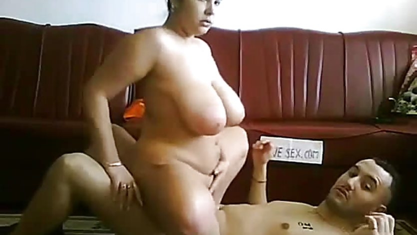 Fuck with frends Wife on the Floor-more on voayercams.com