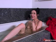 Bathtub penetration with Aiden Ashley