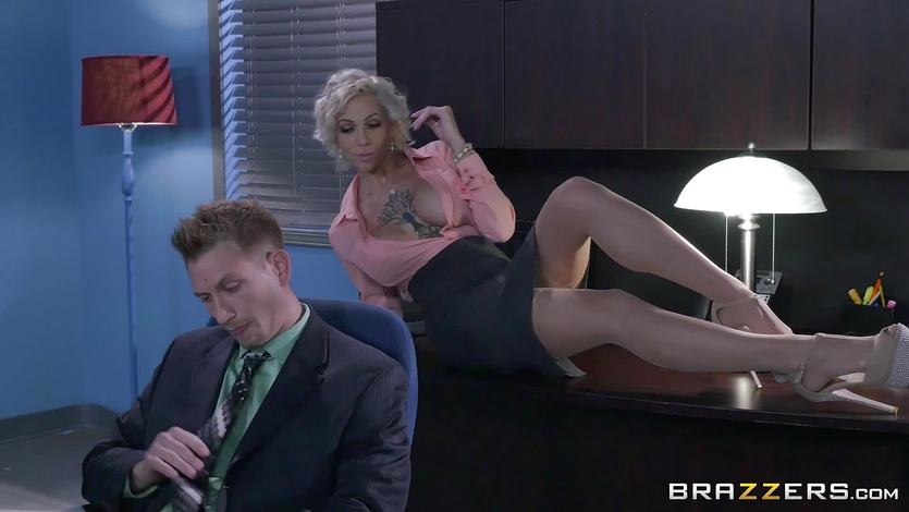 Harlow Harrison gets her pussy fucked by the boss
