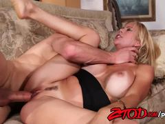 Milf Alexis Fawx loves to fuck