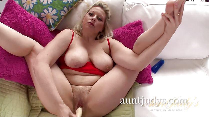 Dikke slet is gek op seks nederlandse porno