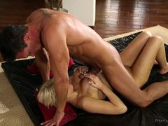 Slippery pussy of Cadence Lux hammered balls deep
