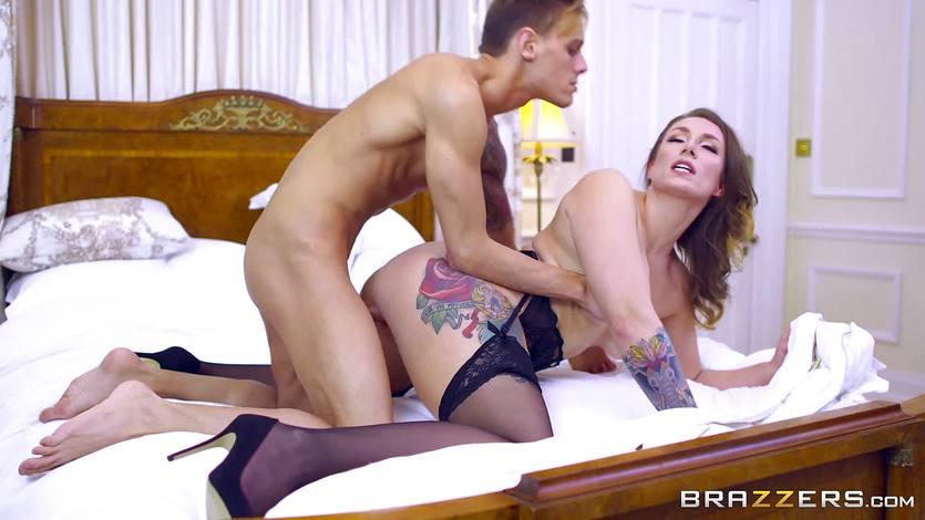 2 british milfs fuck a double dildo and lick each other clea 8