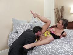 Alice Lighthouse takes advantage of hot dude Tommy Gunn