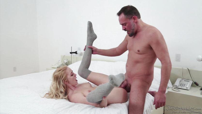 Babysitter Iris Rose fucks a sexy older man