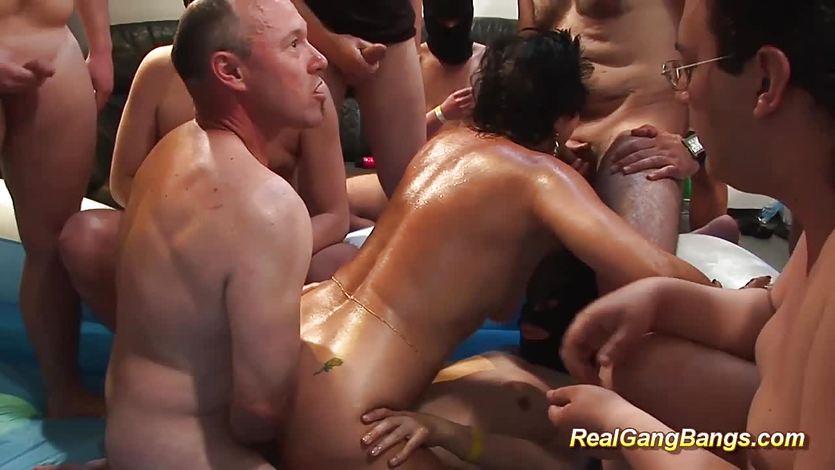 Fantasti cc femdom videos