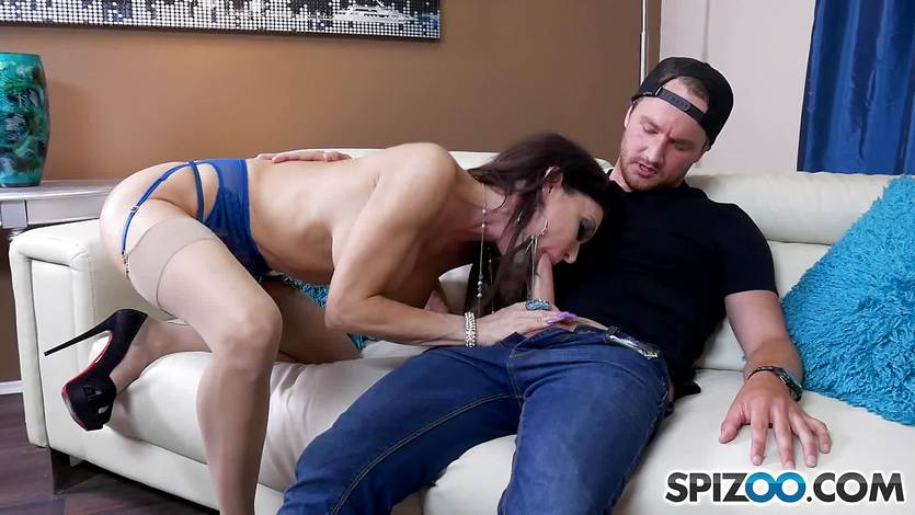 Balls deep banging Jessica Jaymes after photo shoot