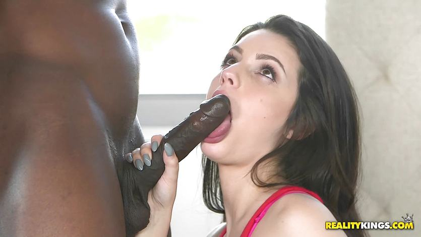 Massive black dick hammers that cute pussyhole of Kacey Quinn