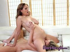 Julia Ann and Scarlet Red enjoy lesbian fun