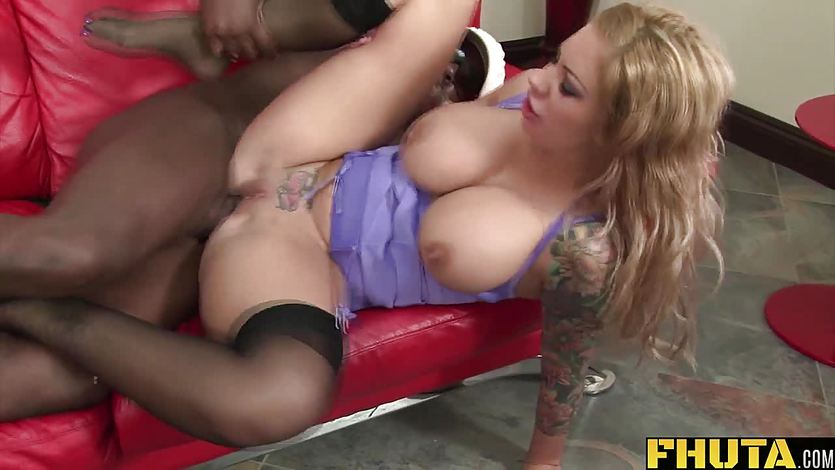 Blonde babe Mason Moore takes on this huge dick