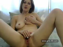 Hot milf doing it herself