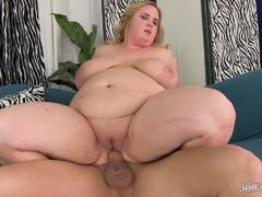 BBW Nikky Wilder gets her pussy nailed