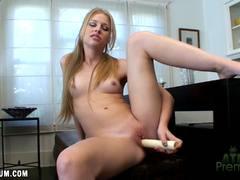 Sensual Avril Hall masturbating