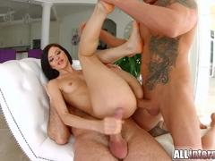 Filling up pretty short haired brunette in hot threesome