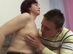 Horny older woman wants her hairy pussy fucked hard