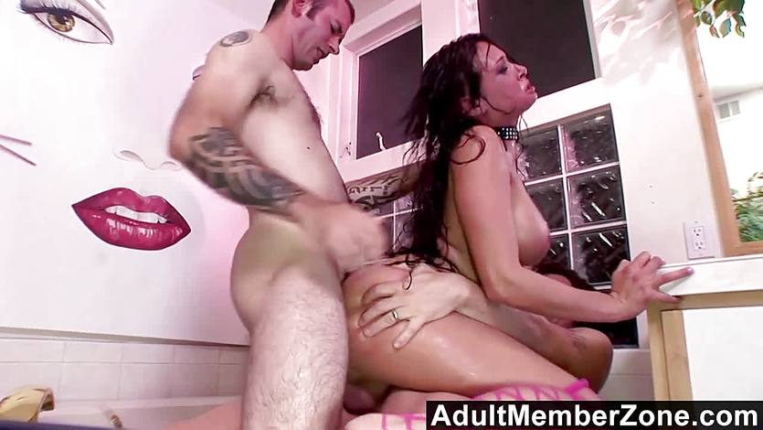 Wild Tory Lane DPed in threesome