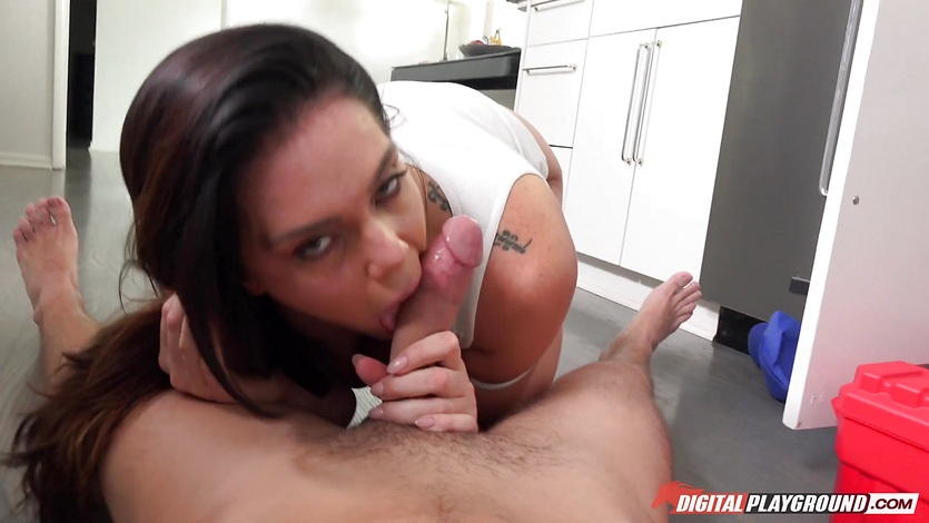 Hard pussy slamming the cute plumber Alison Tyler