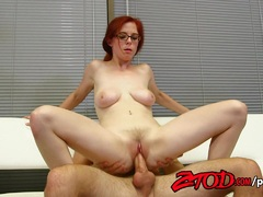 Babe Penny Pax bounces on this hard cock