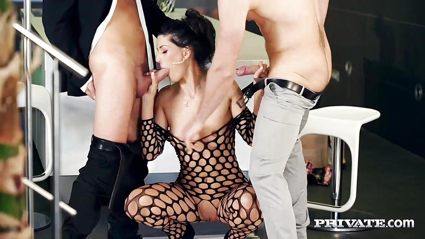 Luscious Alexa Tomas fucked in threesome