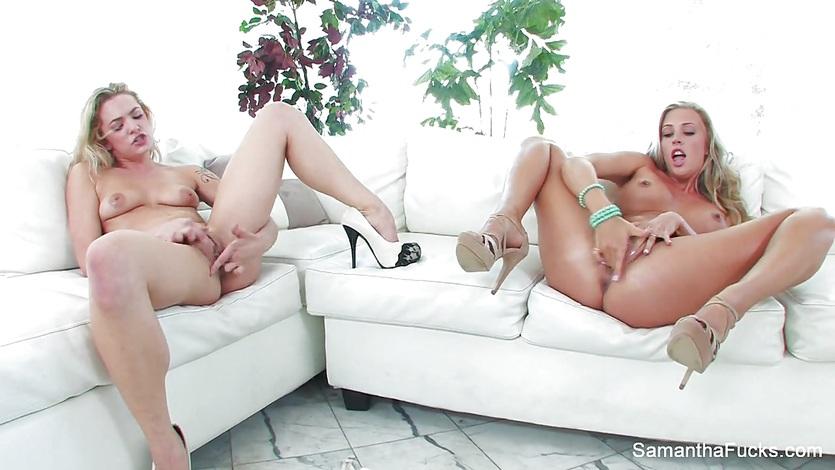 Samantha Saint plays with Dahlia Skys moist pussy