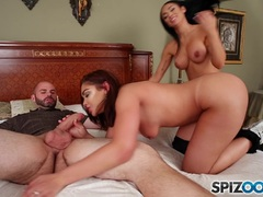 Horny Selena Santana and Jackie Wood crammed in the minge