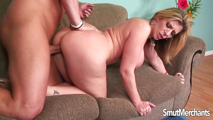 Milf fuck from behind