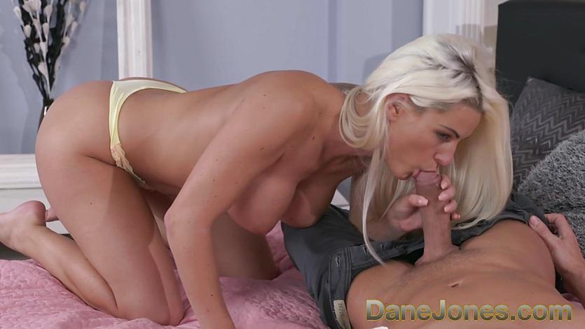 Blonde Big Tits Mature Seduce
