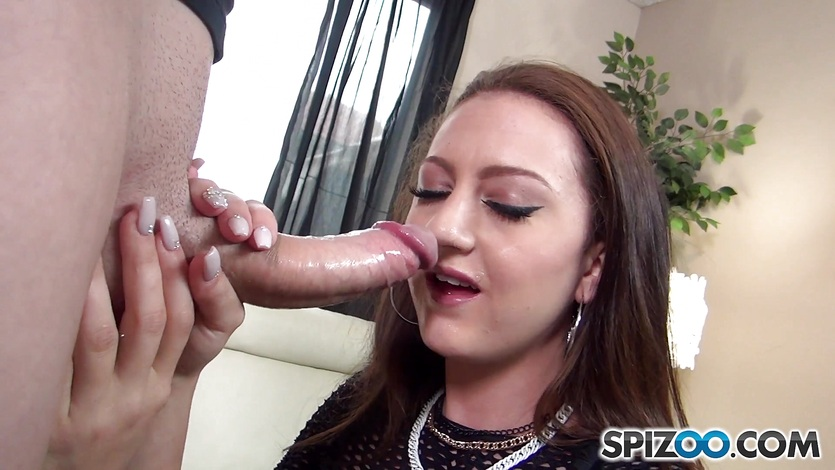 Thick cock slides into Kendra Cole