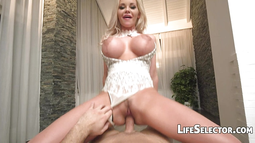 The Boss - Rachele Richey busty blonde sex
