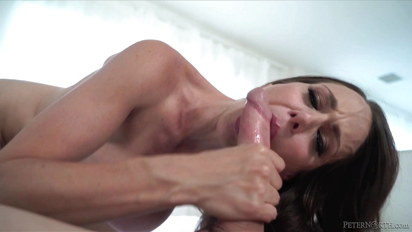 Facial for kinky cock sucker Mckenzie Lee