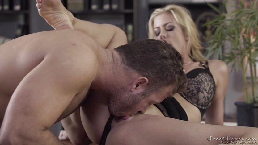 Sexy blonde Alexis Fawx bent over and fucked