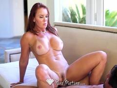 Horny MILF Janet Mason fucked with creampie