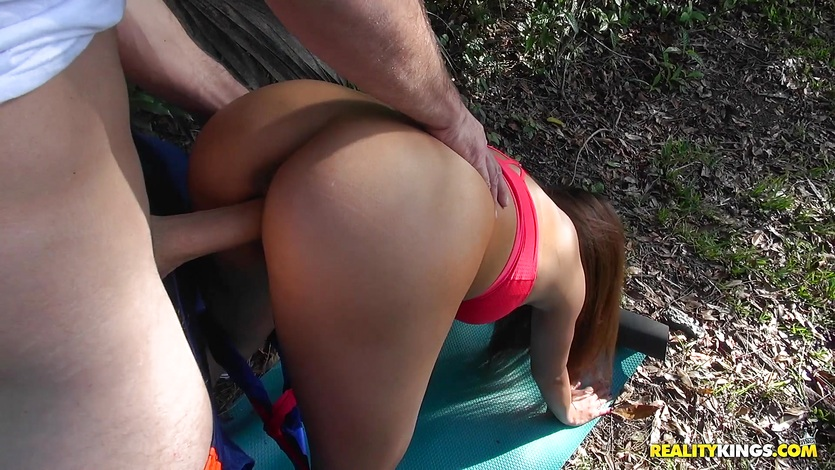 Outdoor pussy slamming Tiffany Rayne and spunking on her face