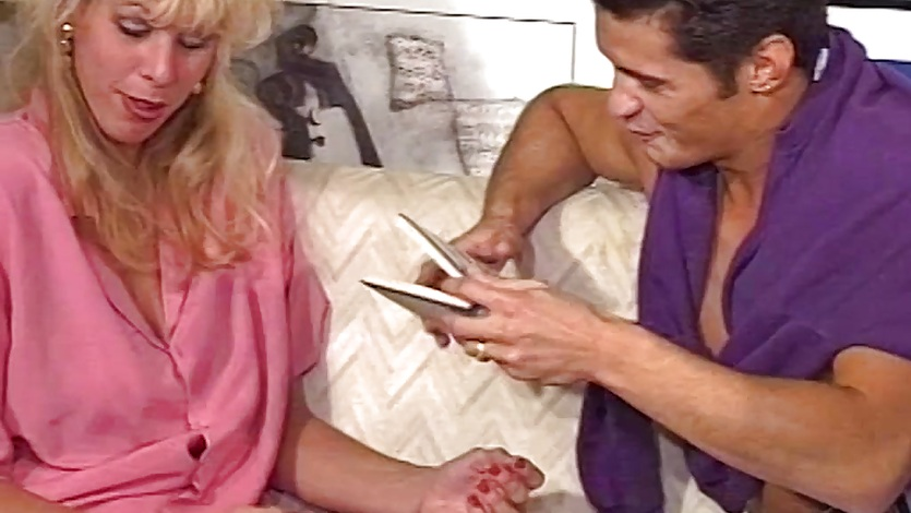 Hot MILF Anal Pounded Ass To Mouth Cumshot