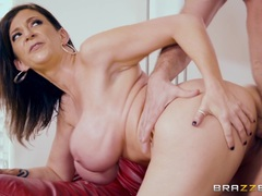 Sara Jay getting her pussy smashed in